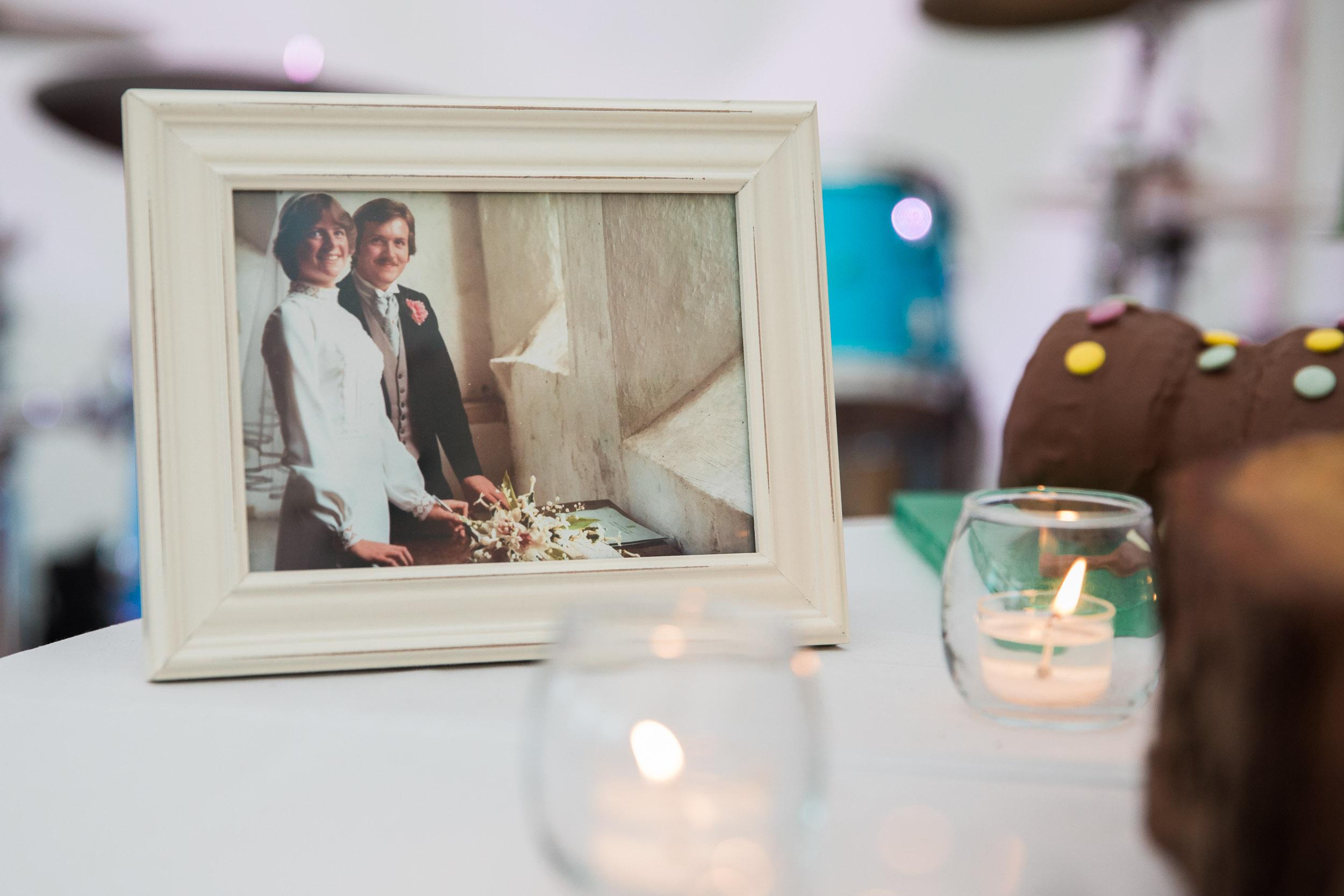 chic-rustic-home-farm-wedding-161