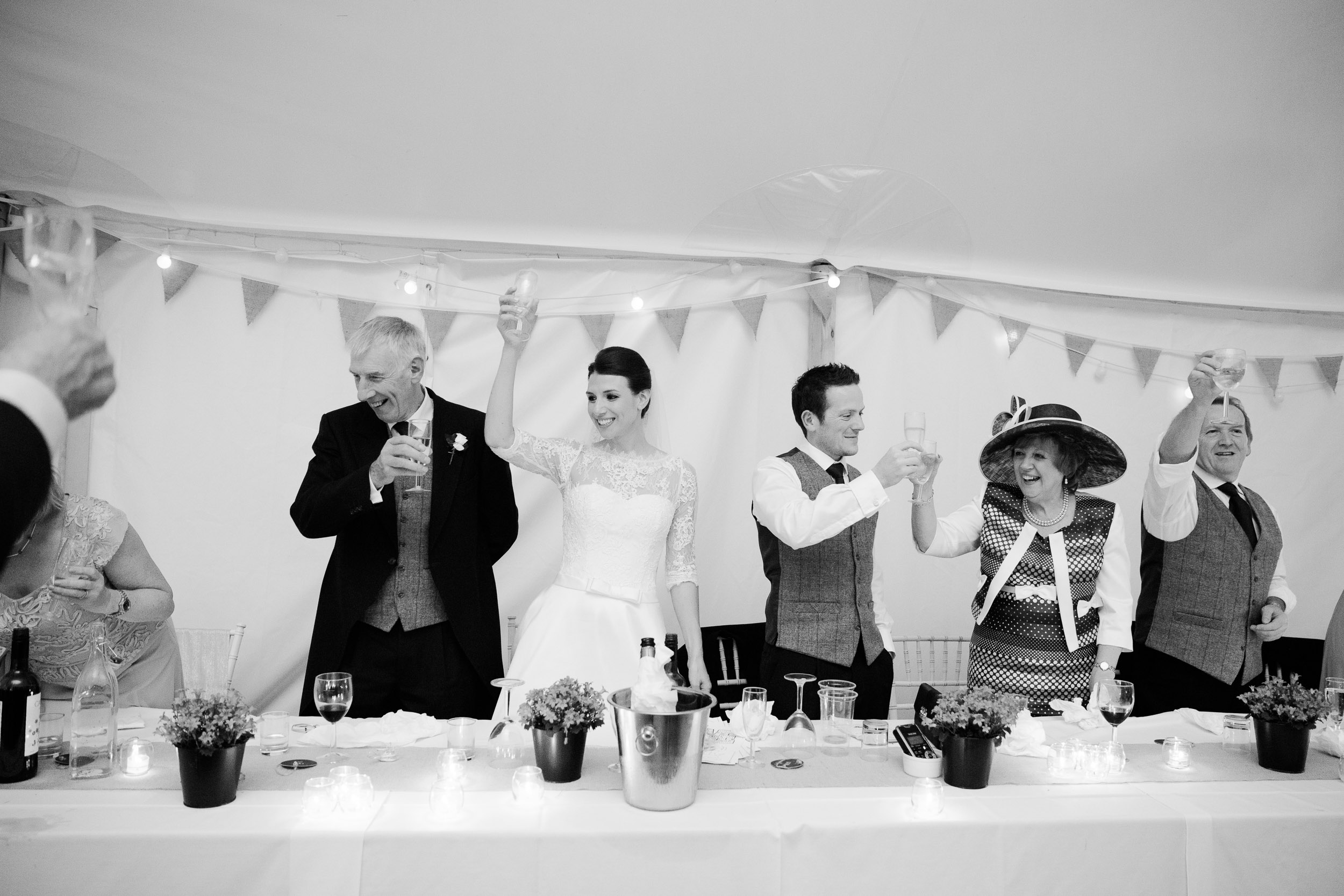 chic-rustic-home-farm-wedding-191