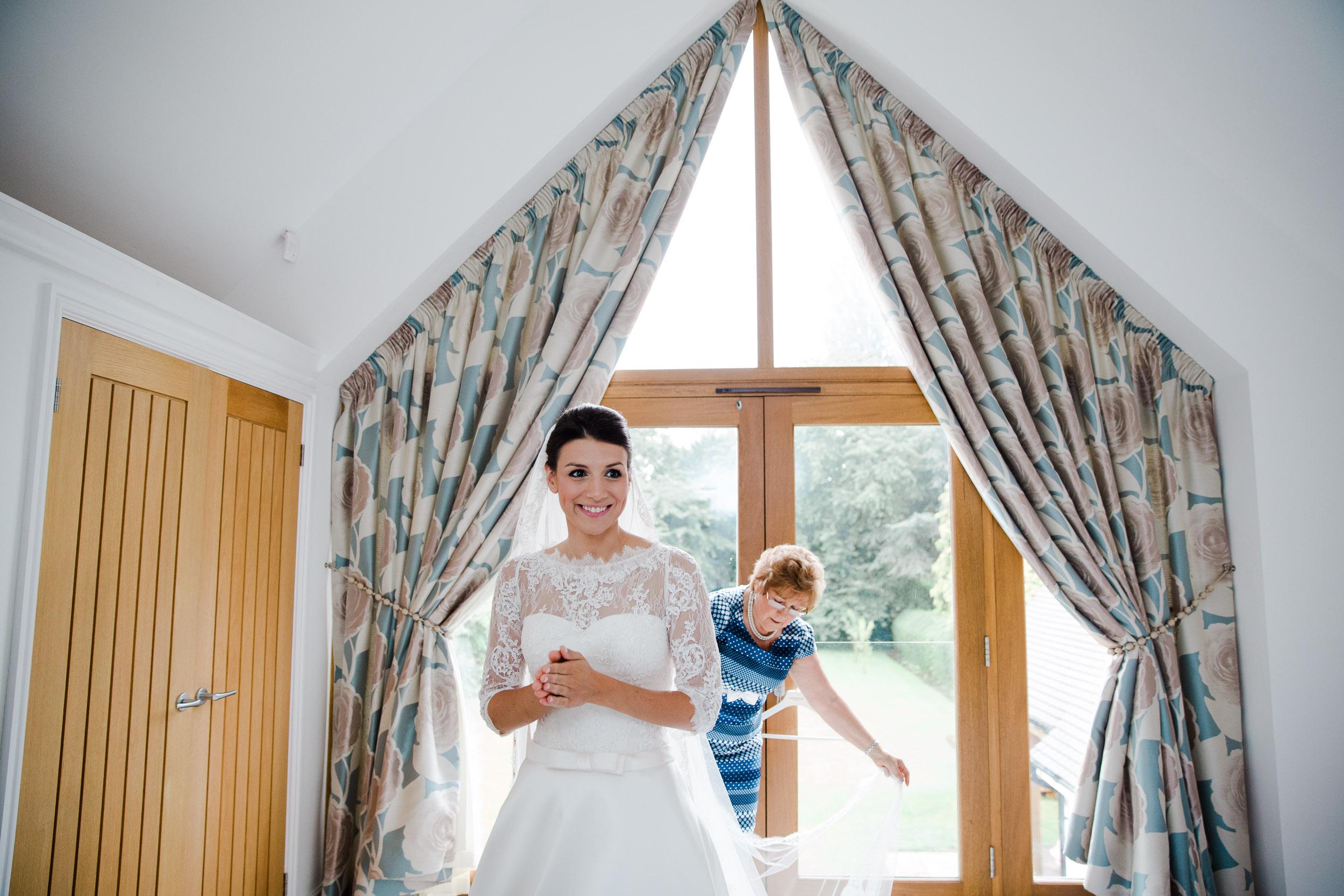 chic-rustic-home-farm-wedding-45