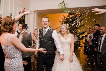 Gatsby_Style_Winter_Wedding_at_Eastington_Park148