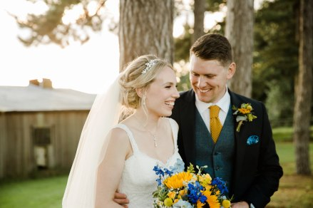 Yellow_And_Blue_134Rustic_Barn_Wedding-1