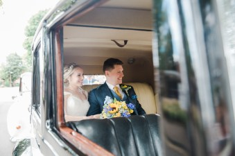 Yellow_And_Blue_54Rustic_Barn_Wedding-1