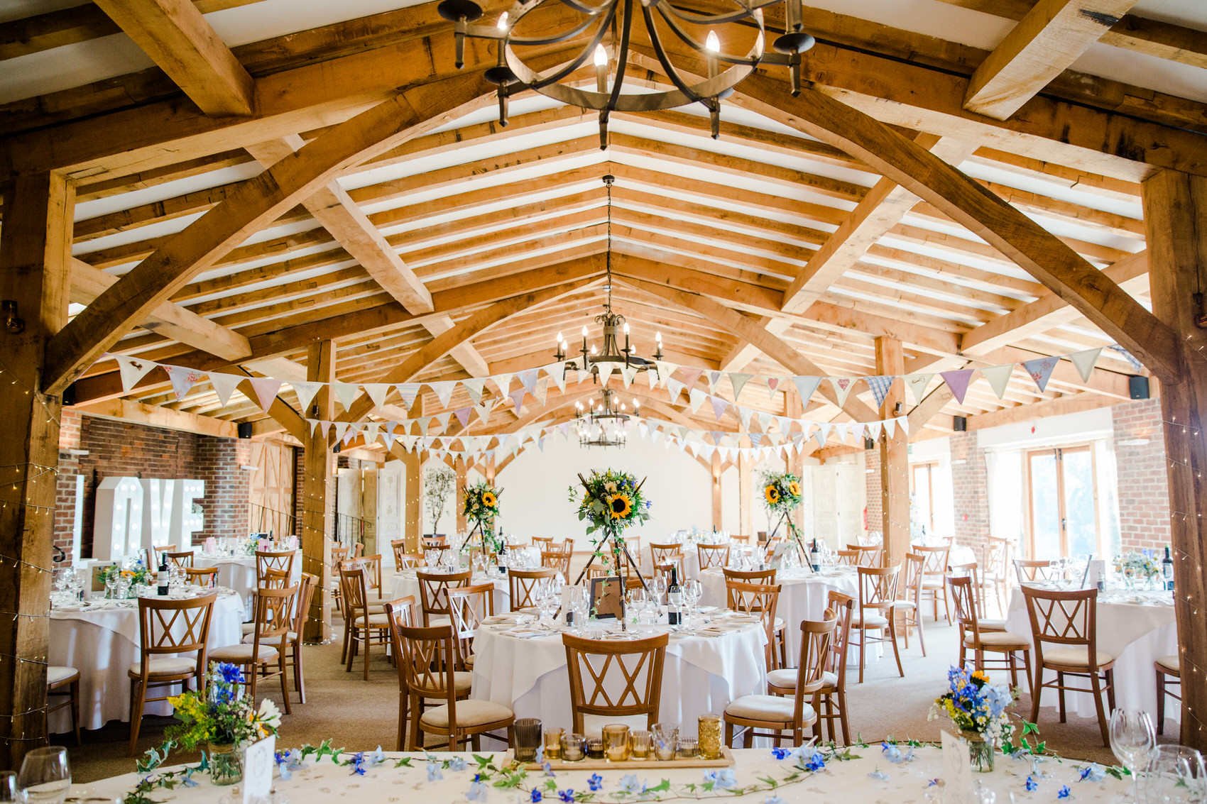 Yellow_And_Blue_82Rustic_Barn_Wedding-1