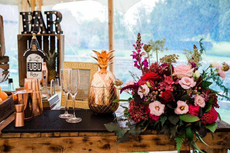 Gold & Floral Styled Shoot056