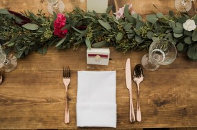 Gold & Floral Styled Shoot092