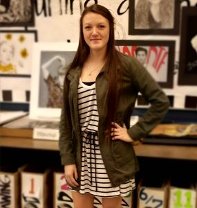 Senior Shayla Wittebort