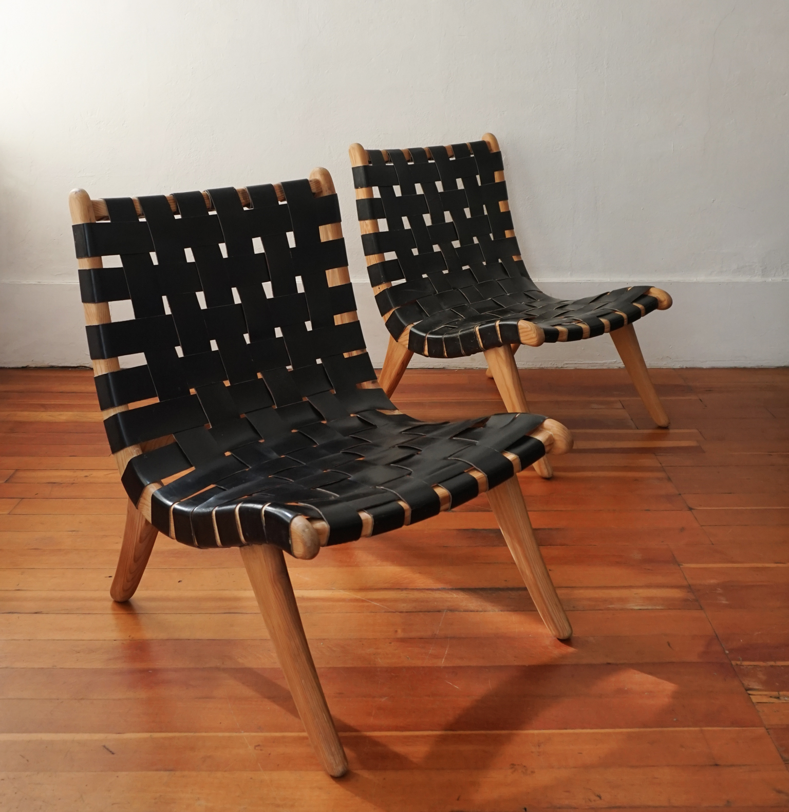 Muebles Domus Van Beuren - Pair Of San Miguelito Chairs By Michael Van Beuren For Domus Of [mjhdah]https://i1.wp.com/www.esotericsurvey.com/wp-content/uploads/2018/01/Michael-Van-Beuren-2.jpg?fit=1536%2C1536