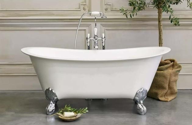 les baignoires sur pieds