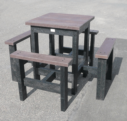 - table haute 4 places carrée SNACK ESPACE URBAIN