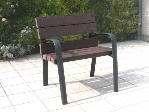 fauteuil lattes plastique recycle et pieds fonte avec accoudoirs - Fauteuil PLAZZA ESPACE URBAIN