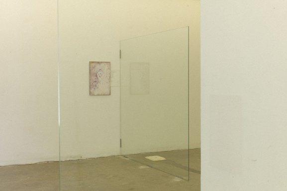 19055506_vue de l'exposition: La figure du héros ( le principe d'inconsistance)_4795055806946007751_o