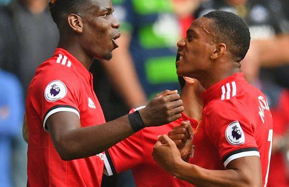 Huracán en cuatro minutos del Manchester United