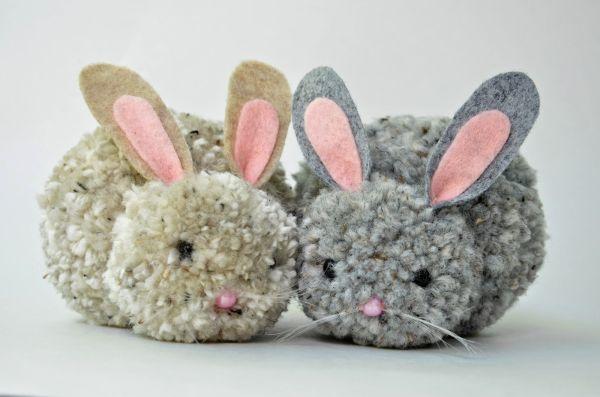 Este coelho de pompom pode também ter o estilo que você desejar (Foto: ikatbag.com)