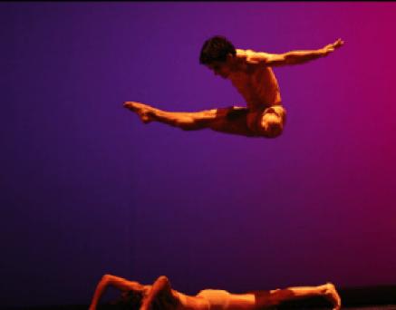 5 peças de Daniel Cardoso foi a primeira peça da Companhia.