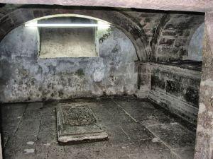 Cripta de la familia Peredo, en la Casa de la Cultura, Ex Convento de la Orden de Carmelitas Descalzos en Morelia