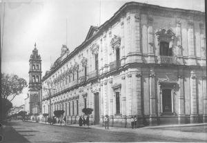 Palacio Federal, antes escuela de Teresianas.