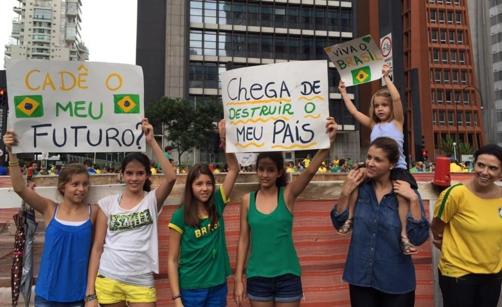 Av. Paulista - São Paulo, Brasil - foto de Elisa Paixão