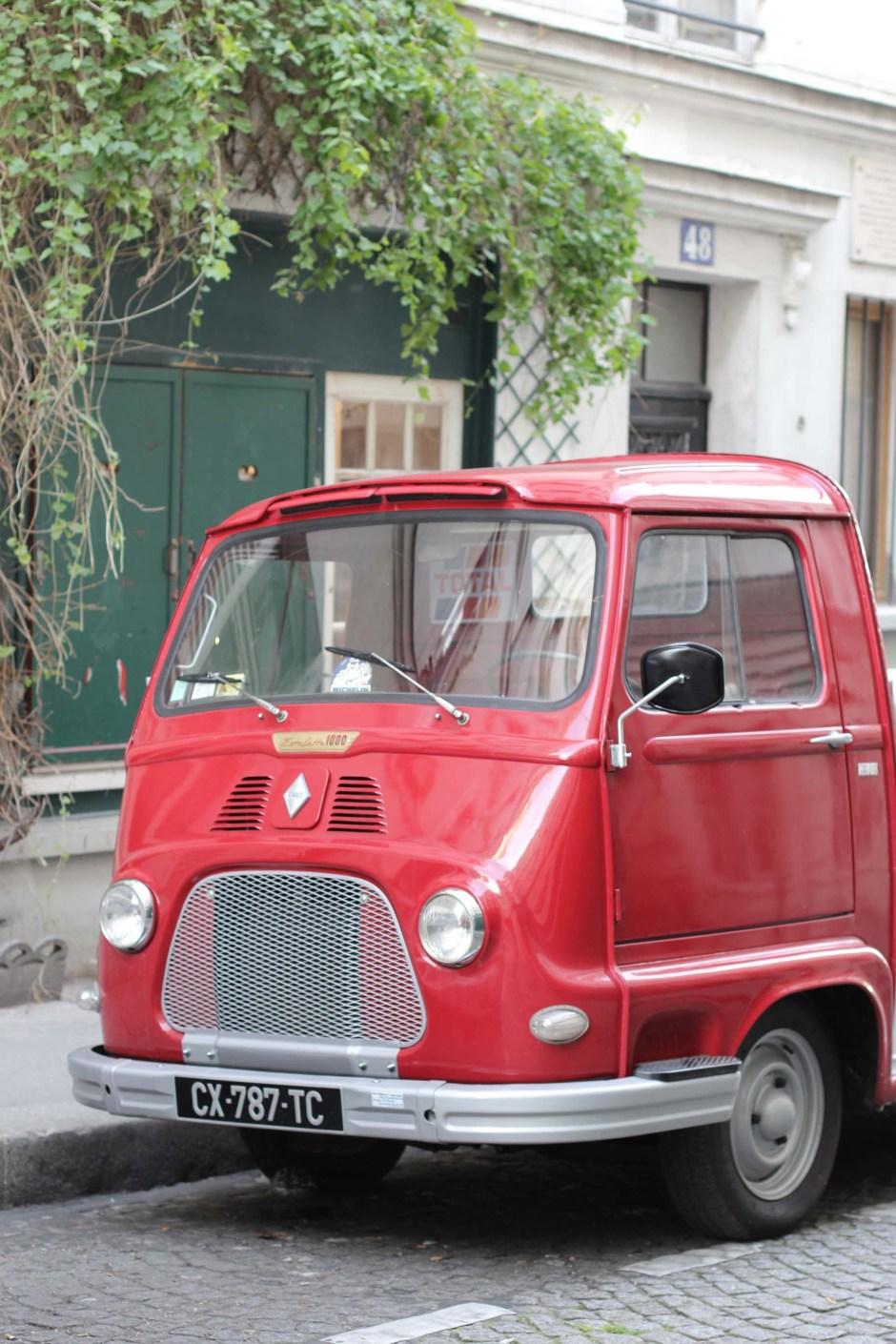 Rue des trois frères, Paris