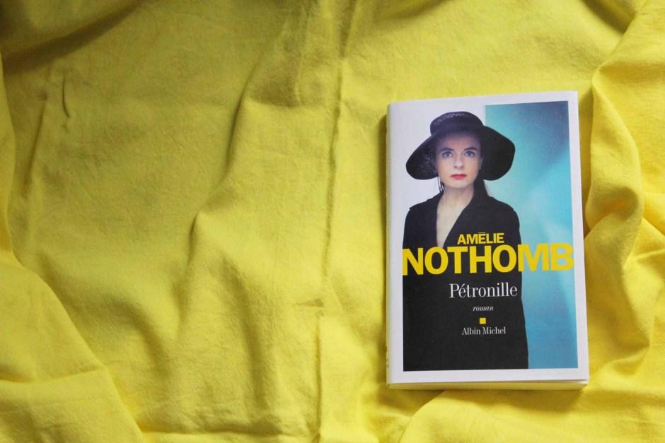 Lecture et critique du dernier livre de Amélie Nothomb, Pétronille, sur le blog culture esperluette. Rentrée littéraire 2014