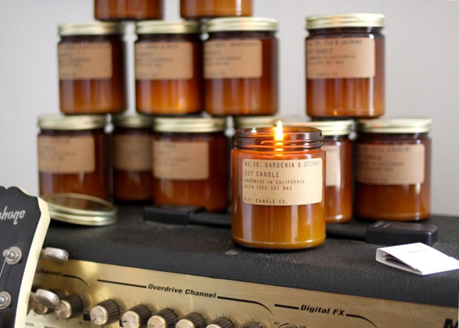 P.F. Candle Co. parfum Gardenia & Coconut sur le eshop Esperluette