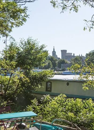 La Péniche Althea lieu de bien-être à Avignon