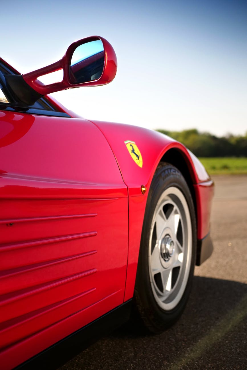 Ferrari SF90 Stradale, la Rossa ibrida
