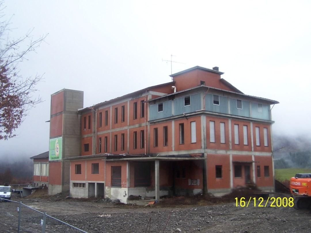 2008 Corniglio (PR) – Prosciuttificio 1