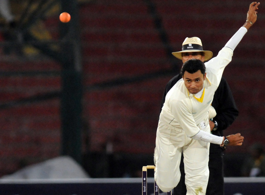 Danish Kaneria bowls with the orange ball