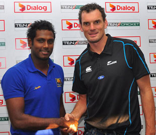 Angelo Mathews and Kyle Mills pose ahead of the one-day series, scheduled to begin on November 10
