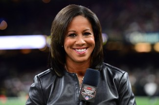 Lisa Salters, a native of King of Prussia, Pa., will be close to home tonight as she reports on the Packers-Eagles for MNF. (Phil Ellsworth/ESPN Images)