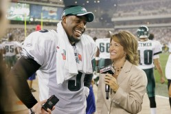2006: Monday Night Football - Suzy Kolber interviews then-Eagles quarterback Donovan McNabb. (Rich Arden/ESPN Images)
