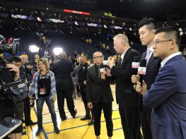 Tencent reporters provide coverage from the NBA Finals in Oakland, Calif. (Howard Chen/ESPN)