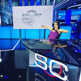 Victoria Arlen takes a break from providing SportsCenter updates. (Photo courtesy of Victoria Arlen's Twitter feed)
