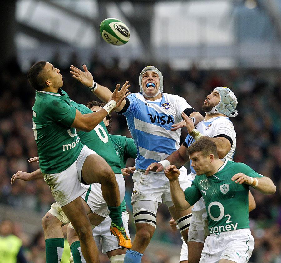 Az íreket néha meglepték az argentinok, de összességében kontrollálták a meccset