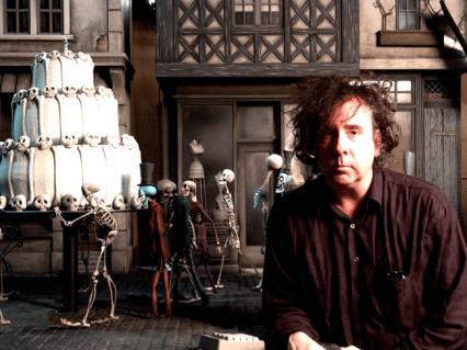 Les Noces funèbres (Corpse Bride) Réalisé par Tim Burton et Mike Johnson (2005). A l'image : Tim Burton sur le plateau. Photo credit: Derek Frey