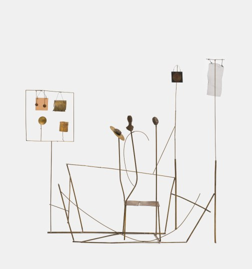 Fausto Melotti, Ritorno di Giuditta, 1983 ottone, tessuto, plastica e bronzo, cm 78x87x16, Collezione privata © Archivio Melotti, Milano