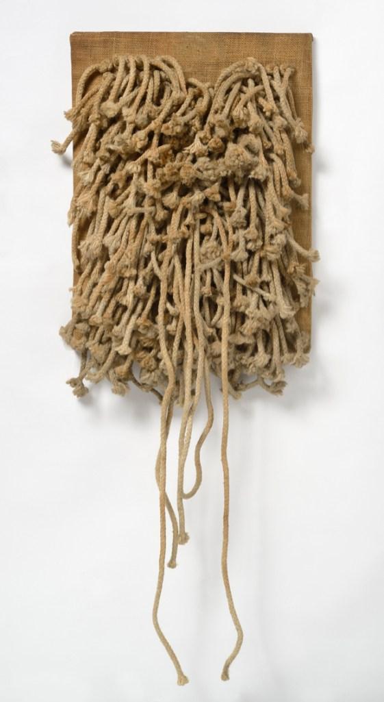 Jack Clemente, Ritual, 1966-67, corde intrecciate su tela, cm 40x30, Studio Gariboldi, Milano-Bergamo