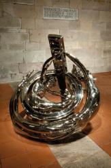 Wim Delvoye Lucca, Ring Dual Corpus Alternating Current, 2011 nickelled bronze, 113x113x130 cm, © Studio Wim Delvoye