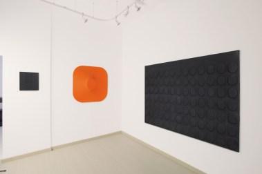 Turi Simeti. Anni Sessanta, veduta della mostra, Dep Art, Milano