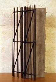 Giuseppe Uncini, Maquette.Traliccio, 2001, cemento pieno e ferro
