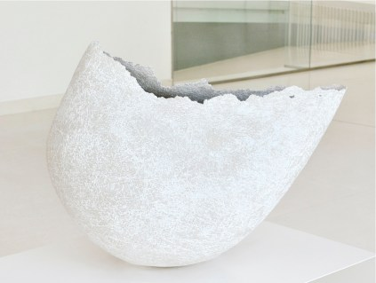 58. Premio Faenza - Paivi Rintaniemi, Finlandia, Avis, 2012, ceramica ad alta temperatura 1250° lavorata a mano, h cm 50 x70 Ø
