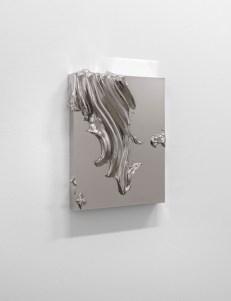 Jason Martin. Sculpture as painting. Veduta della mostra, Lisson Gallery, Milano. In primo piano: Jason Martin Sloe, 2013 Nickel 42 x 32 x 7 cm © the artist; Courtesy, Lisson Gallery, London