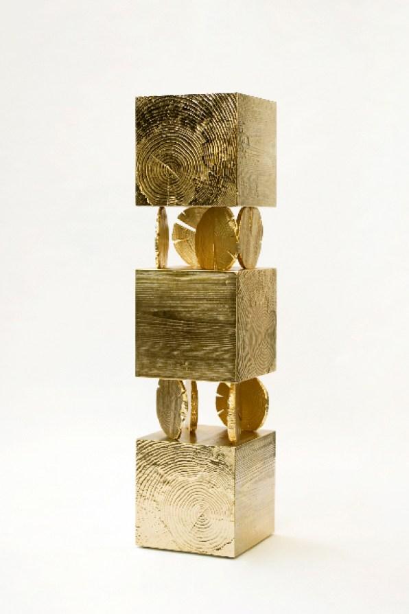 Andrea Salvetti, TRONCHI 48484 tv 2/8, 2012, fusione di alluminio placata oro, cm 165x40x40
