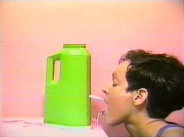 Cheryl Donegan Head, 1993 Video a colori, sonoro 2'49'' Courtesy Electronic Arts Intermix (EAI), New York