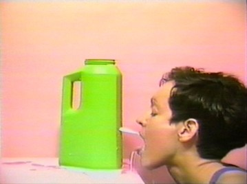 Cheryl Donegan Head, 1993 Video a colori, sonoro 2'49'' Courtesy Electronic Arts Intermix (EAI), New York