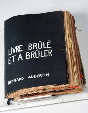 Aubertin, Livre brule et a bruler, 1962-70, Courtesy Kanalidarte, Brescia