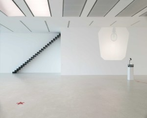 Ceal Floyer, exhibition view, Museion 2014. Foto Augustin Ochsenreiter, © the artist and VG-Bildkunst
