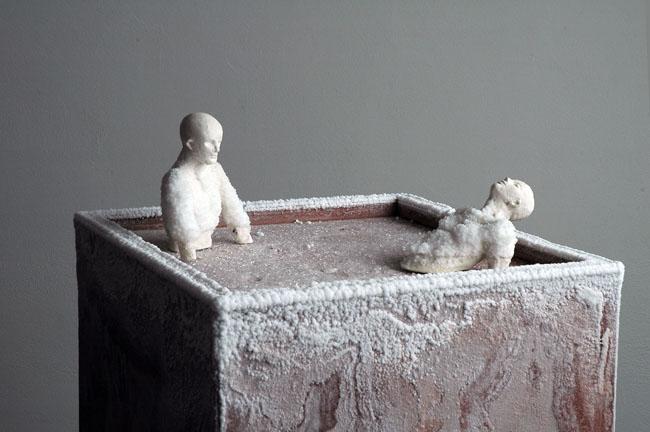 Marco Porta, Essere pietra, 2006, Quarzite indiana, resina, acqua, sale, 152x40x40 cm Particolare, Galleria Rino Costa