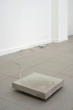 Florian Neufeldt, untitled, 2014, concrete, fluorescent tube, cable, courtesy The Gallery Apart, Rome
