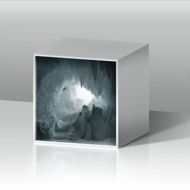 Aqua Aura, Empty spaces 1, stampa digitale su carta cotone BW Hahnemule con cornice rifinita oro, cm 90x90, 2014